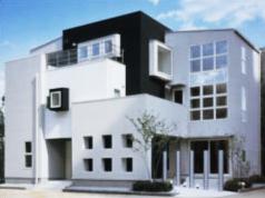 金属を多く使ったデザイン住宅
